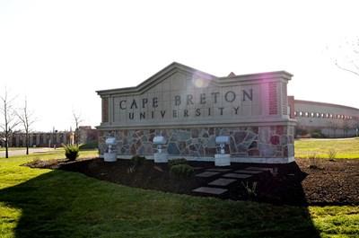 جامعة كيب بريتون
