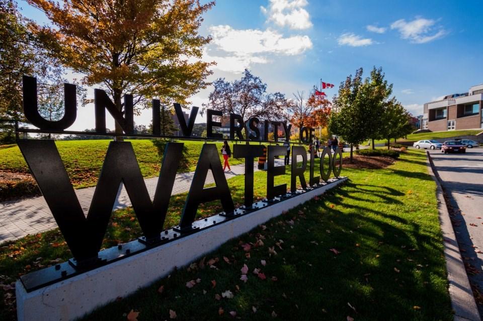 جامعة واترلو-الصور-2