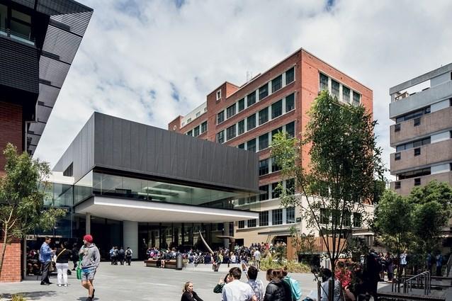 جامعة فيكتوريا-الصور-1