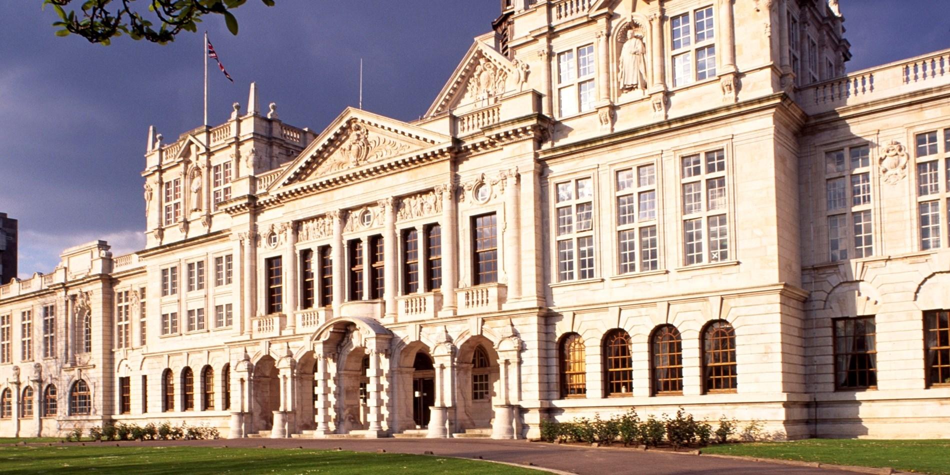 Cardiff University-Photos-3