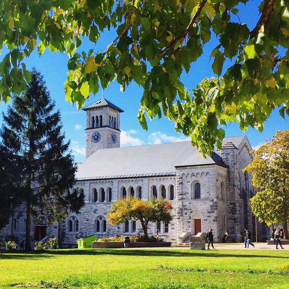 جامعة كوينز-الصور-3