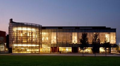 جامعة أونتاريو - معهد التكنولوجيا