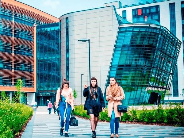 De Montfort University-Photos-1
