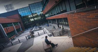 كلية دوغلاس